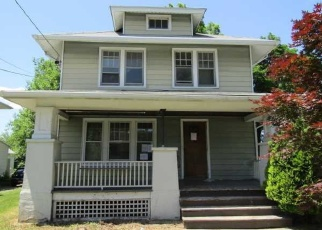 Foreclosed Home in Wappingers Falls 12590 N REMSEN AVE - Property ID: 4360619943