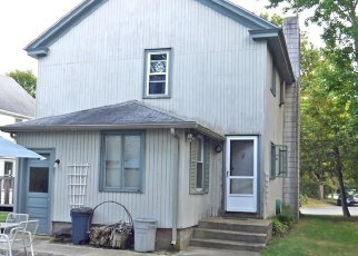 Foreclosed Home in Barrington 02806 FERRY LN - Property ID: 4360812195