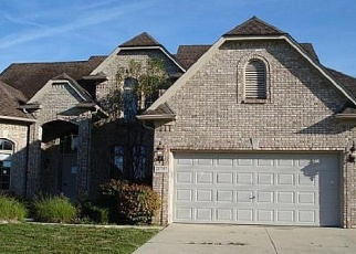 Foreclosed Home in Macomb 48044 SUMMERFIELD DR - Property ID: 4360927387