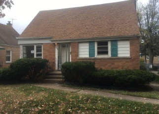 Foreclosed Home in Calumet City 60409 STATE LINE RD - Property ID: 4360937916
