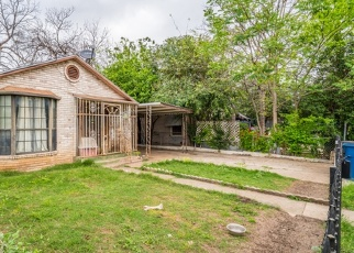 Foreclosed Home in San Antonio 78207 MERCEDES ST - Property ID: 4361040384