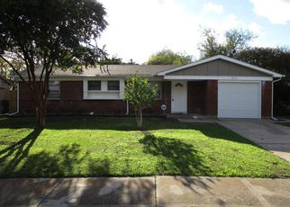 Foreclosed Home in Dallas 75216 DUPONT DR - Property ID: 4361106524