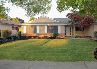 Foreclosed Home in Fresno 93711 N PROSPECT AVE - Property ID: 4361352669