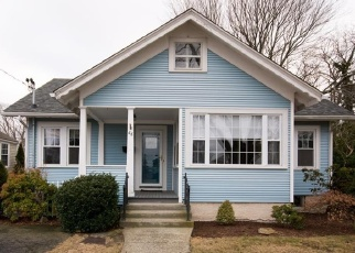 Foreclosed Home in Providence 02909 TERRACE AVE - Property ID: 4361444648