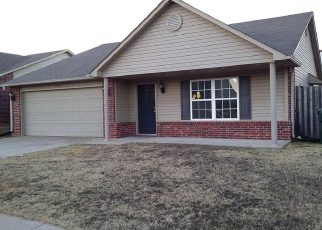 Foreclosed Home in Claremore 74019 REAVIS XING - Property ID: 4361646995