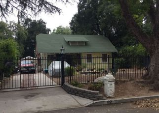 Foreclosed Home in Altadena 91001 E LAS FLORES DR - Property ID: 4361976787
