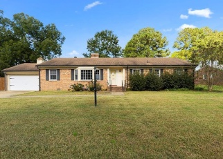 Foreclosed Home in Portsmouth 23703 GREENEFIELD DR N - Property ID: 4361978981