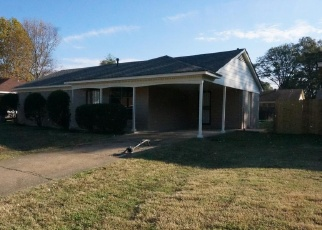 Foreclosed Home in Memphis 38109 MEADOWOOD AVE - Property ID: 4362226869