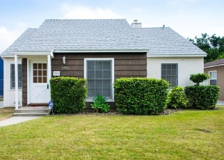 Foreclosed Home in Valley Village 91607 COLLINS ST - Property ID: 4362262784