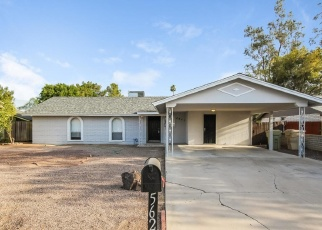 Foreclosed Home in Glendale 85302 W SUNNYSLOPE LN - Property ID: 4362352558