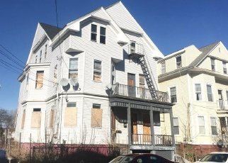 Foreclosed Home in Providence 02909 PENN ST - Property ID: 4362761183