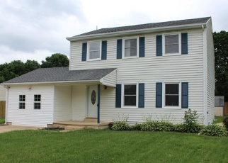 Foreclosed Home in Bear 19701 GREEN SPRING DR - Property ID: 4363438291