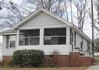 Foreclosed Home in Greenville 29609 FURMAN HALL RD - Property ID: 4363482985