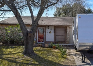 Foreclosed Home in San Antonio 78233 WHITE SANDS ST - Property ID: 4363734811