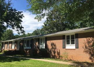 Foreclosed Home in Greenville 29609 DRONFIELD DR - Property ID: 4363796563