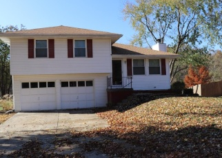 Foreclosed Home in Liberty 64068 PARK LN - Property ID: 4363943726