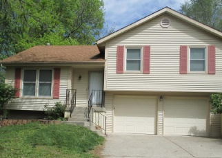 Foreclosed Home in Kansas City 64118 N TROOST AVE - Property ID: 4364040963