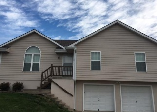 Foreclosed Home in Smithville 64089 CONEFLOWER ST - Property ID: 4364041383