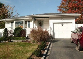 Foreclosed Home in Selden 11784 LIBERTY AVE - Property ID: 4364256881