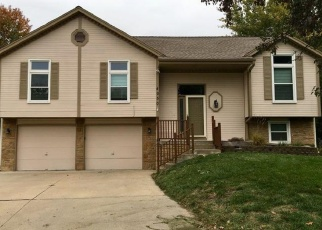 Foreclosed Home in Lees Summit 64082 SW LAHARVE DR - Property ID: 4364311170