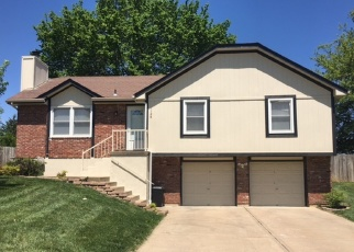 Foreclosed Home in Lees Summit 64086 NE BRYCO DR - Property ID: 4364326508
