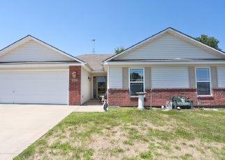 Foreclosed Home in Grain Valley 64029 SW GRAYSTONE DR - Property ID: 4364334386