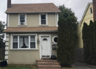 Foreclosed Home in Hempstead 11550 LAWSON ST - Property ID: 4364766224