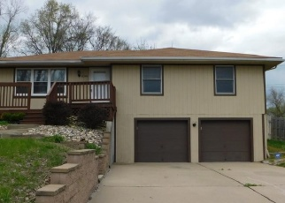 Foreclosed Home in Kansas City 64119 NE PLEASANT VALLEY RD - Property ID: 4364945813