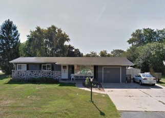 Foreclosed Home in Milwaukee 53223 N 64TH ST - Property ID: 4364967258