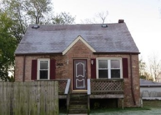 Foreclosed Home in Robbins 60472 W 136TH ST - Property ID: 4366038101