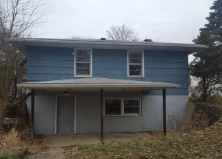 Foreclosed Home in Lansing 48911 DEVONSHIRE AVE - Property ID: 4366053437