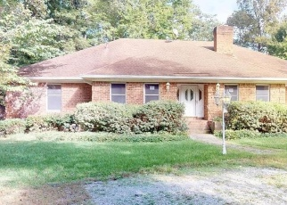 Foreclosed Home in Virginia Beach 23454 S SPIGEL DR - Property ID: 4366186140