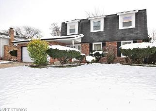 Foreclosed Home in Matteson 60443 OAKWOOD LN - Property ID: 4366195791