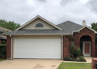 Foreclosed Home in North Richland Hills 76182 ASTON DR - Property ID: 4366417395