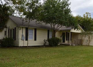 Foreclosed Home in Highlands 77562 AVENUE D - Property ID: 4366419591