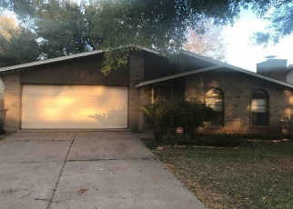 Foreclosed Home in Houston 77083 CORTA CALLE DR - Property ID: 4366704259