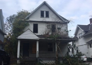 Foreclosed Home in Cleveland 44112 N LOCKWOOD AVE - Property ID: 4366890859