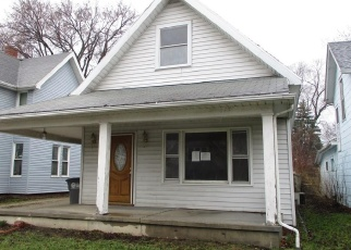 Foreclosed Home in Toledo 43605 PARKER AVE - Property ID: 4367141815