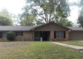 Foreclosed Home in Tyler 75701 E BARBARA ST - Property ID: 4367392323