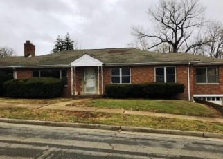 Foreclosed Home in Saint Louis 63130 SHAFTESBURY AVE - Property ID: 4367419928