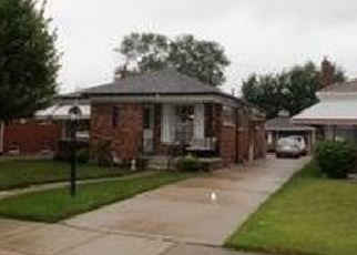 Foreclosed Home in Eastpointe 48021 COURTLAND AVE - Property ID: 4367697151