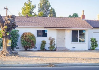 Foreclosed Home in Clovis 93612 SHAW AVE - Property ID: 4368105344