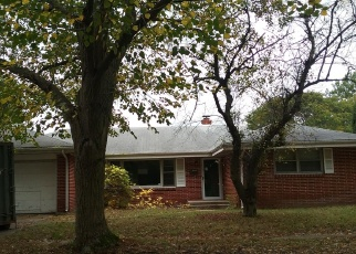 Foreclosed Home in Rockford 61107 BUCKINGHAM DR - Property ID: 4368137316
