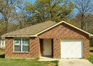 Foreclosed Home in Dallas 75217 LAKE ANNA DR - Property ID: 4368285351