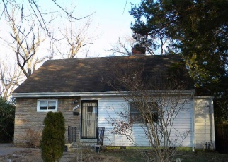 Foreclosed Home in Hyattsville 20784 70TH AVE - Property ID: 4368287543