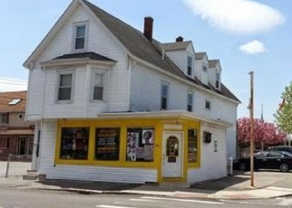 Foreclosed Home in Lowell 01850 LAKEVIEW AVE - Property ID: 4368504337