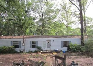 Foreclosed Home in Chunchula 36521 GULFCREST RD - Property ID: 4368786392