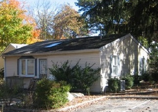 Foreclosed Home in Lake Hopatcong 07849 ESPANONG RD - Property ID: 4368789917