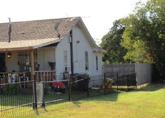 Foreclosed Home in Fort Worth 76119 HARTMAN RD - Property ID: 4369197658