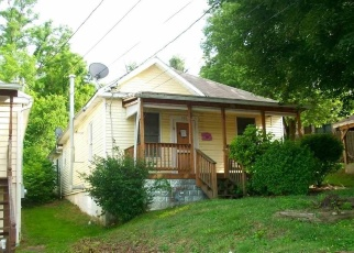 Foreclosed Home in Clarksburg 26301 FOWLER AVE - Property ID: 4369609345